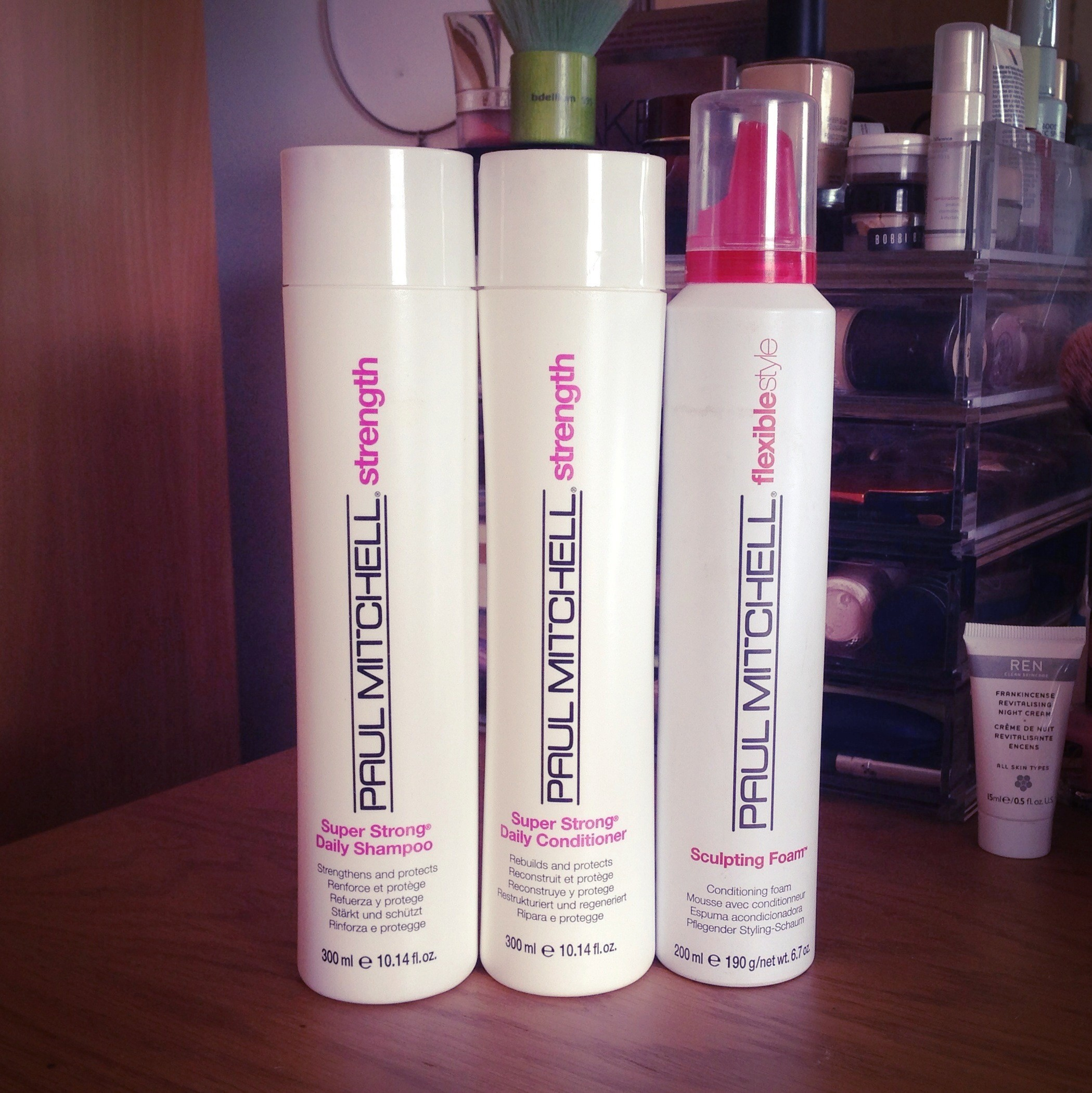 How to Make Your Hair Light and Voluminous with Paul Mitchell